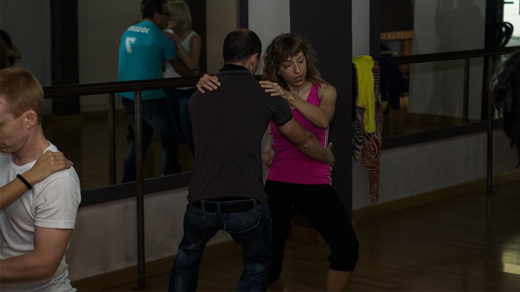 II Masterclass de Bachata Sensual con Toni y Lara Escuela de Baile el Almacén