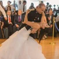 Bachata sensual de Maxi y Marta en el día de su boda, preparada en Escuela de Baile el Almacén