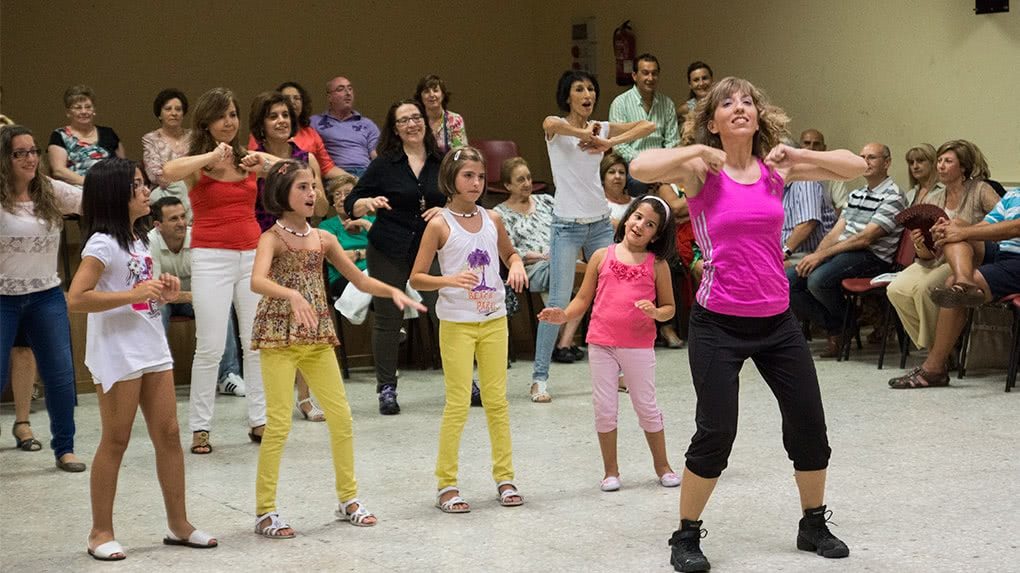 Exhibicición de Baile Fitness en Ricla