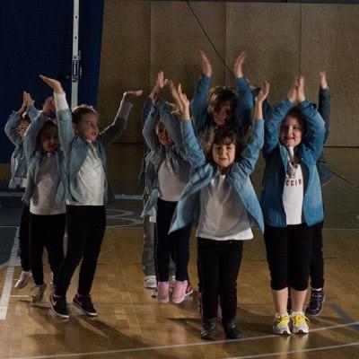 Exhibición grupo de Baile Moderno Infantil de la Escuela de Baile el Almacen