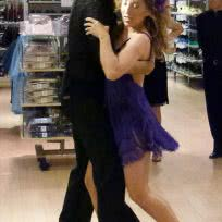 Exhibición de Baile en Ladies´night en C&A