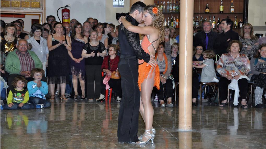 Exhibici n de baile de sal n en calatorao for Battlefield 1 salon de baile