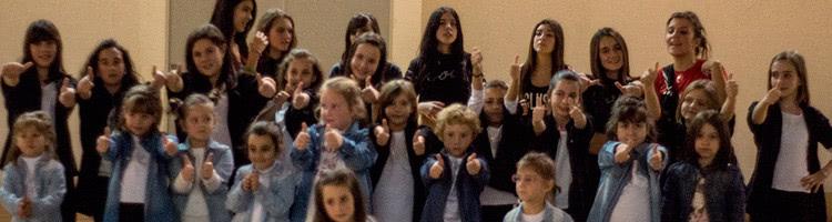 Alumnos de Baile moderno infantil y Hip-hop de Escuela de Baile el almacén