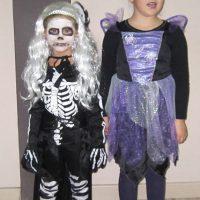Clase de Baile moderno infantil celebrando Halloween