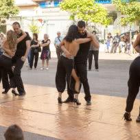 Nuestro grupo de exhibición bailando una bachata sensual