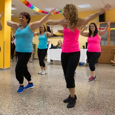 Exbición de Baile Fitness de Escuela de Baile el Almacén, en Zaragoza.